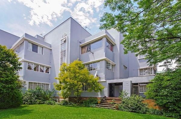 Property For Sale in Parktown North, Johannesburg