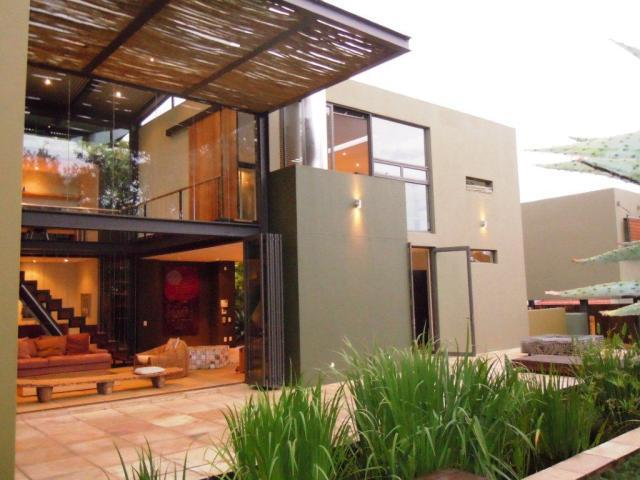 Property For Sale in Parkview, Johannesburg 9