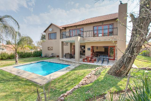 Property For Sale in Craigavon, Sandton 8