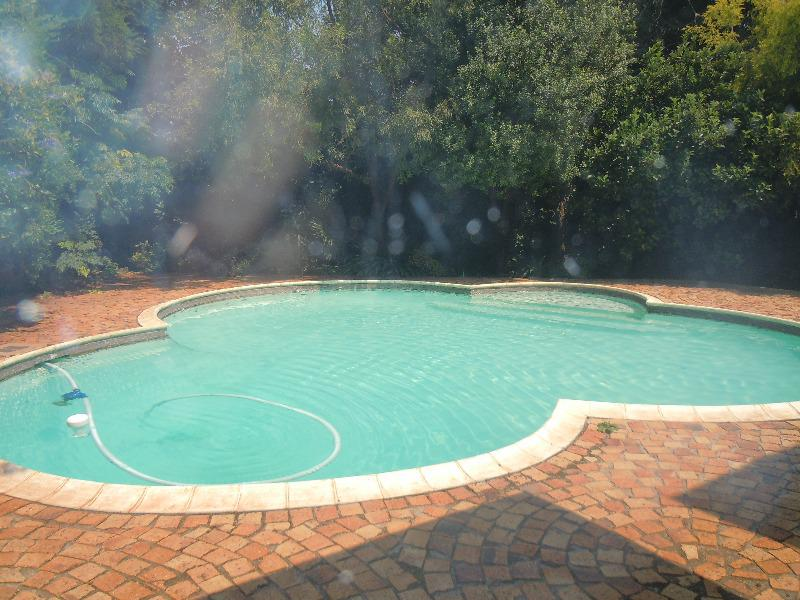 Property For Sale in Roosevelt Park, Johannesburg 7
