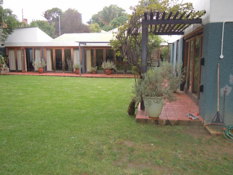 Property For Sale in Forest Town, Johannesburg 3