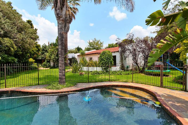 Property For Sale in Wendywood, Sandton 1