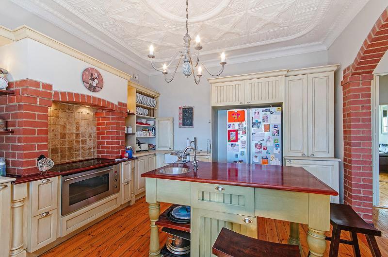 Property For Sale in Parkhurst, Johannesburg 4