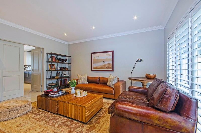 Property For Sale in Craighall Park, Johannesburg 6