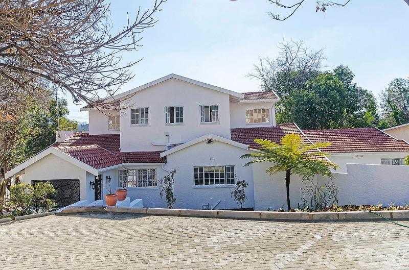 Property For Sale in Craighall Park, Johannesburg 1