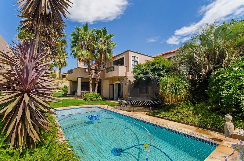 Property For Sale in River Club, Sandton 11