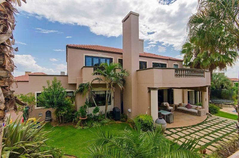 Property For Sale in River Club, Sandton 12