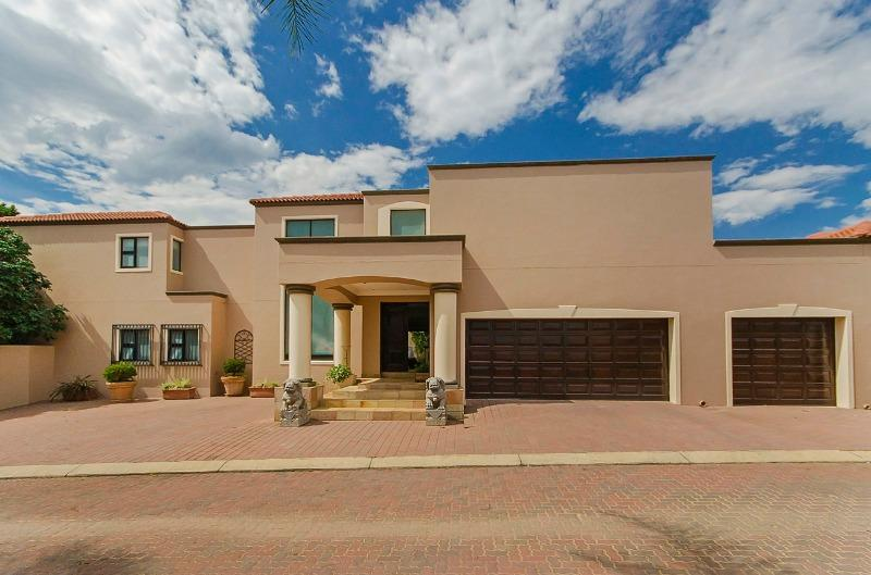 Property For Sale in River Club, Sandton 2