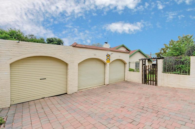 Property For Sale in Blairgowrie, Randburg 18