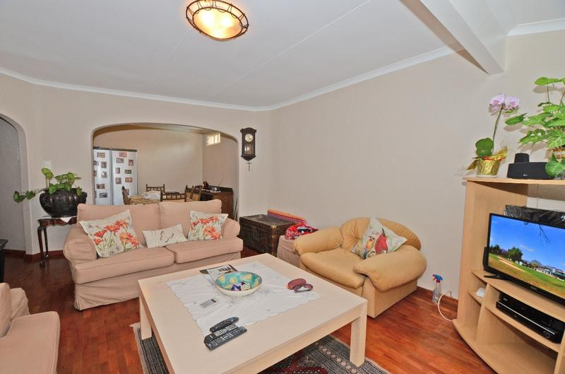 Property For Sale in River Club, Sandton 3