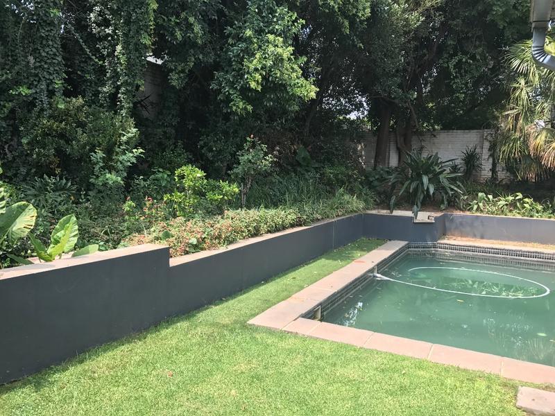 Property For Sale in Parkhurst, Johannesburg 12