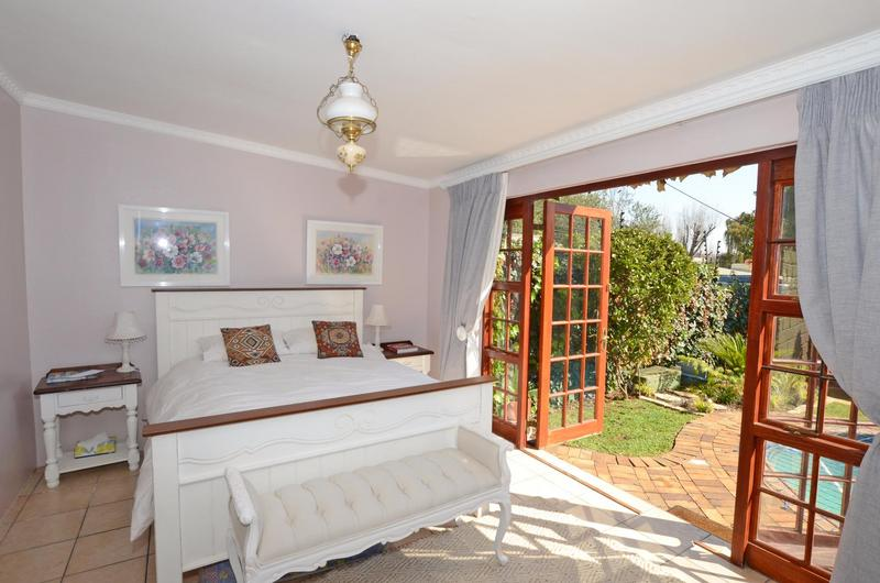 Property For Sale in Parkhurst, Johannesburg 12