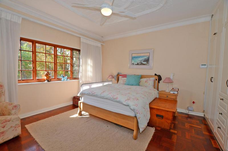 Property For Sale in Parkhurst, Johannesburg 10