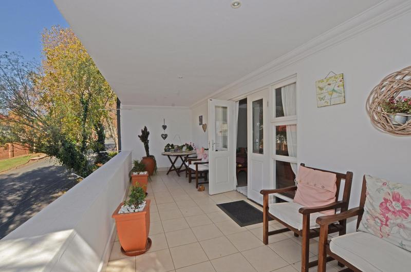 Property For Rent in Parkhurst, Johannesburg 14