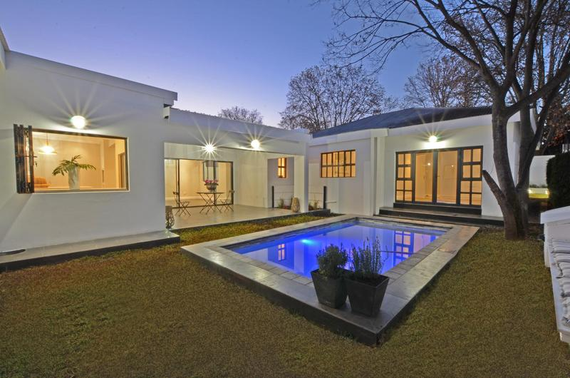 Property For Sale in Parkhurst, Johannesburg 8