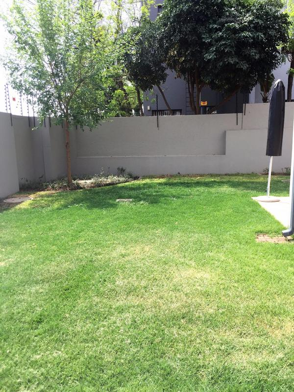 Property For Rent in Craighall Park, Johannesburg 13