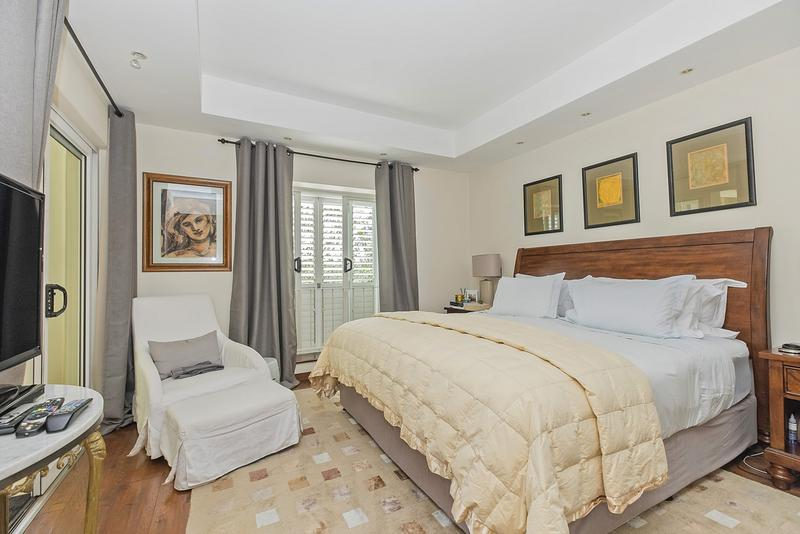 Property For Sale in Craighall Park, Johannesburg 11