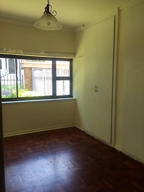 Property For Rent in Parkhurst, Johannesburg 3