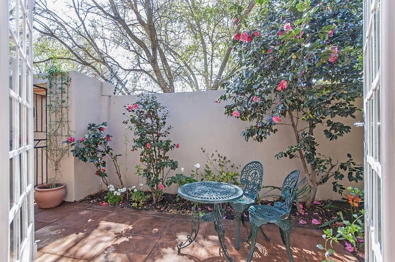 Property For Sale in Parkhurst, Johannesburg 7