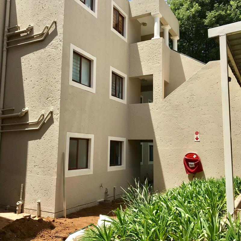 Property For Sale in Hurlingham, Sandton 8
