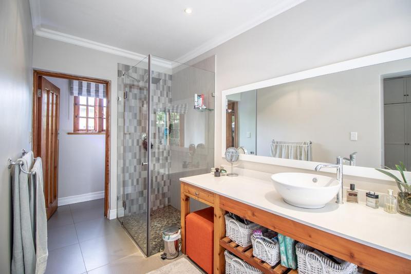 Property For Sale in Parkhurst, Johannesburg 9