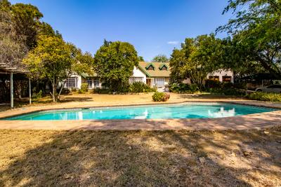 Property For Sale in Gallo Manor, Sandton