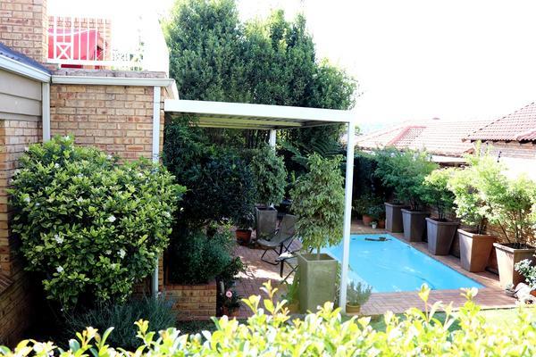 Property For Sale in Weltevredenpark Ext, Roodepoort