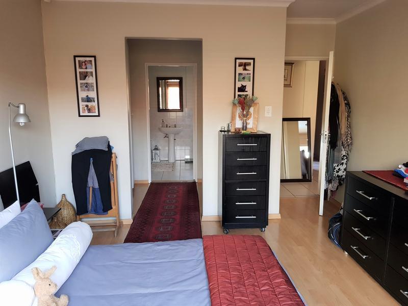 Property For Sale in Weltevredenpark Ext, Roodepoort 9