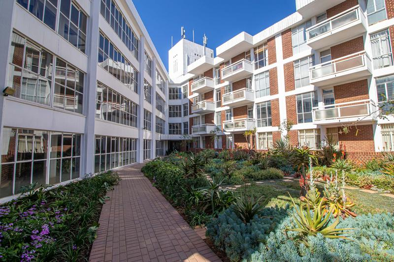 Property For Sale in Illovo, Sandton 9