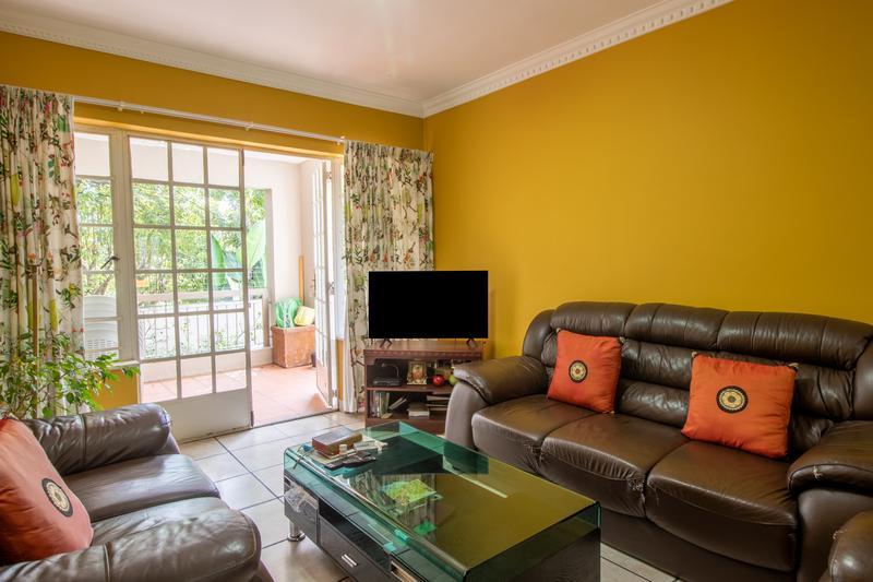 Property For Sale in Illovo, Sandton 5