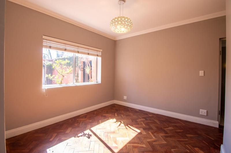 Property For Sale in Parkhurst, Johannesburg 17