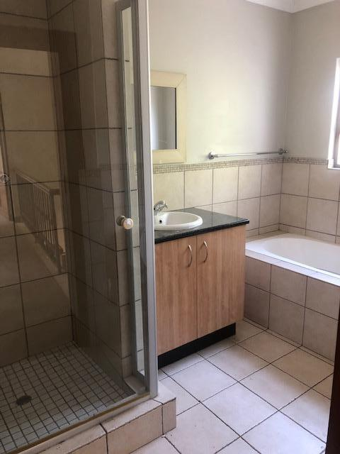 Property For Rent in Mill Hill Ext 2, Sandton 9