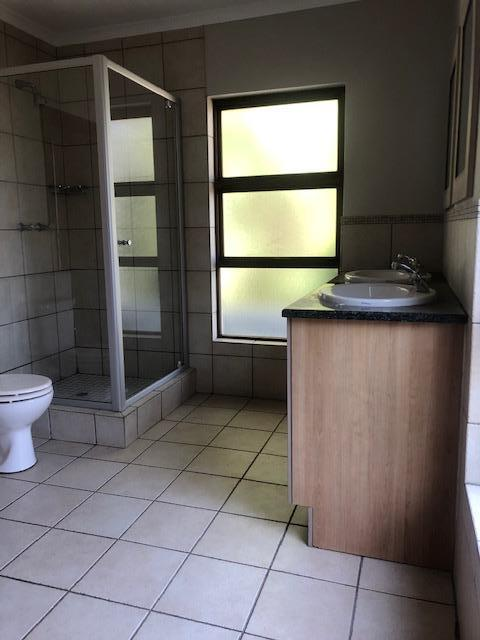 Property For Rent in Mill Hill Ext 2, Sandton 18