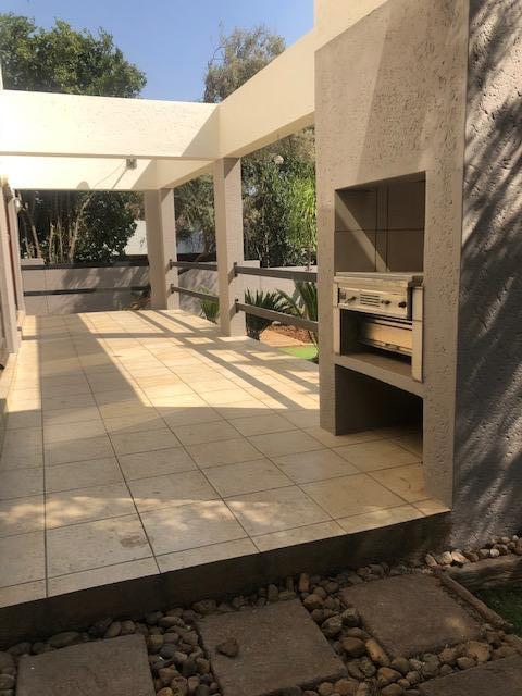 Property For Rent in Mill Hill Ext 2, Sandton 11