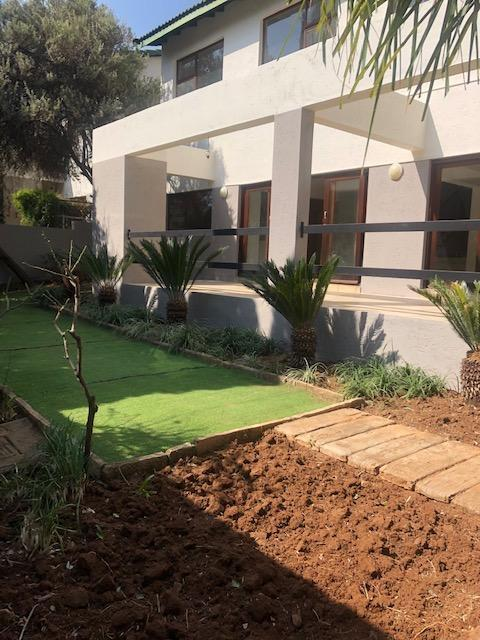 Property For Rent in Mill Hill Ext 2, Sandton 13