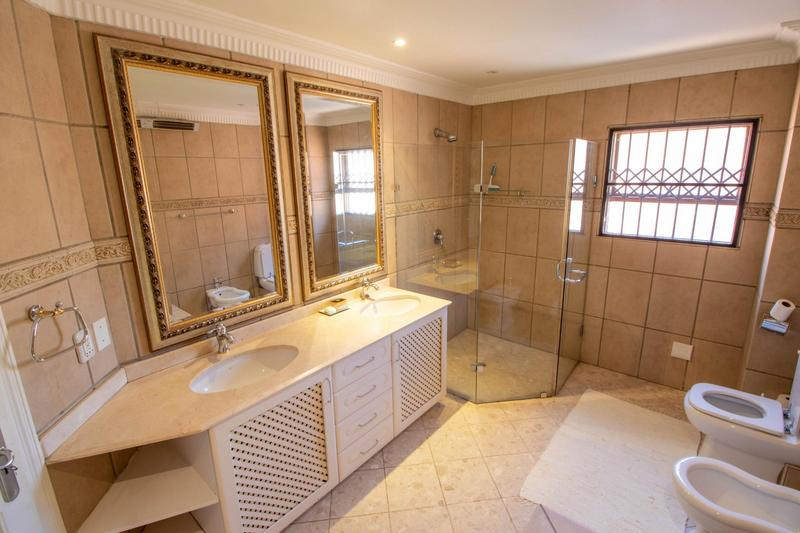 Property For Sale in Hyde Park, Sandton 31
