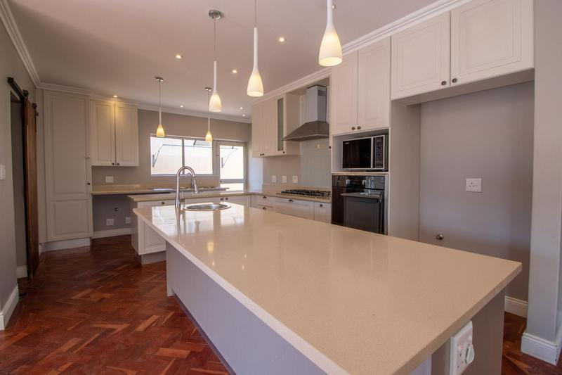 Property For Rent in Parkhurst, Johannesburg 9