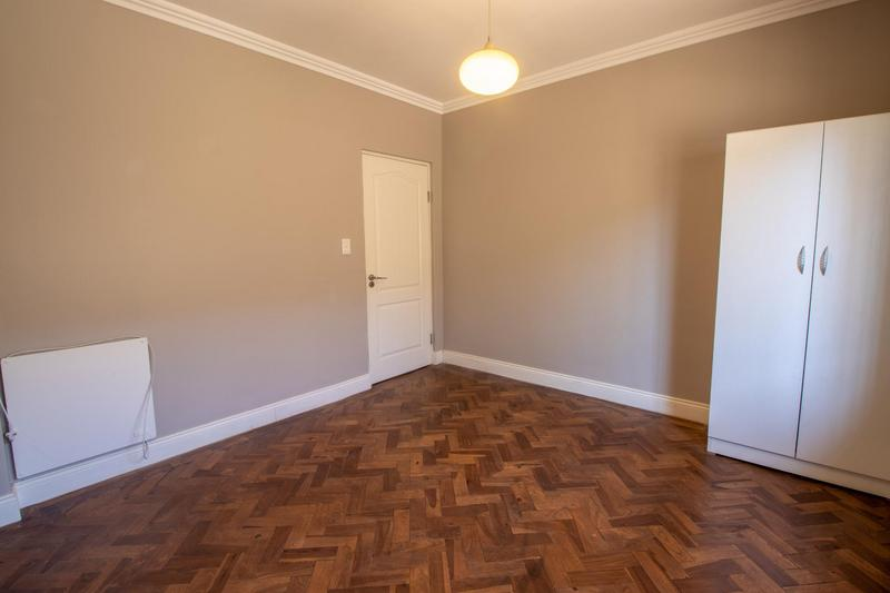 Property For Rent in Parkhurst, Johannesburg 12