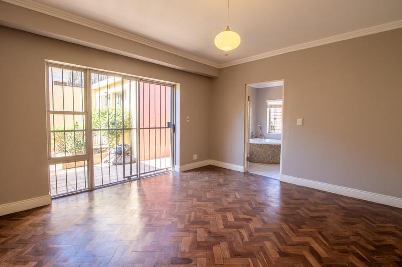 Property For Rent in Parkhurst, Johannesburg 14