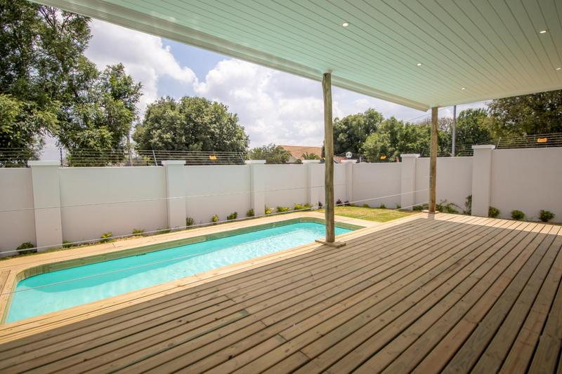 Property For Sale in Parkhurst, Johannesburg 15