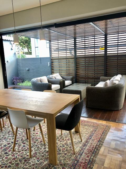 Property For Rent in Parkhurst, Johannesburg 11