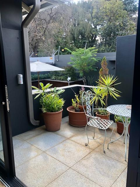 Property For Rent in Parkhurst, Johannesburg 23