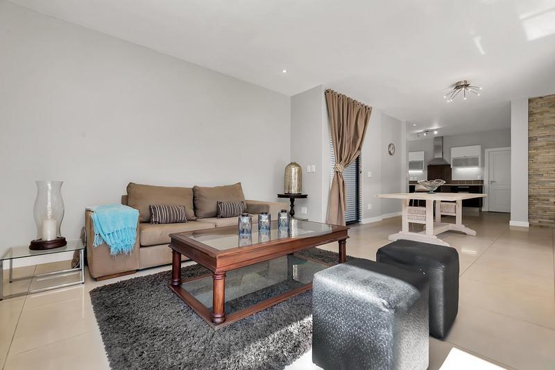 Property For Sale in Edenburg, Sandton 11