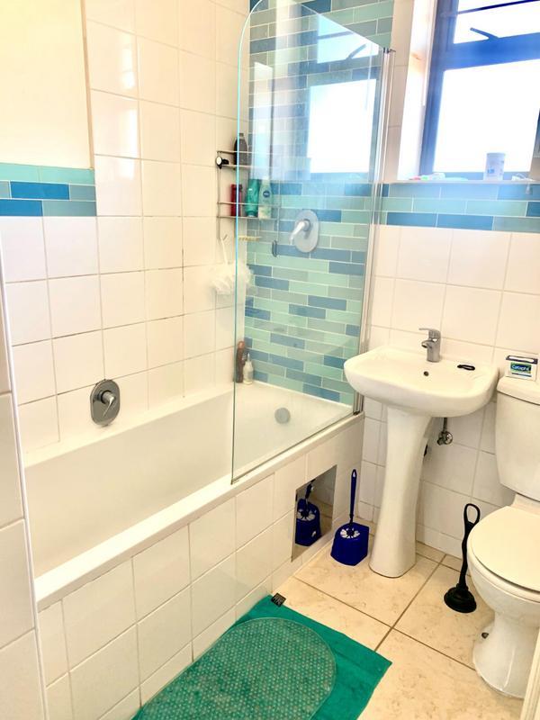 Property For Rent in Parkhurst, Johannesburg 7