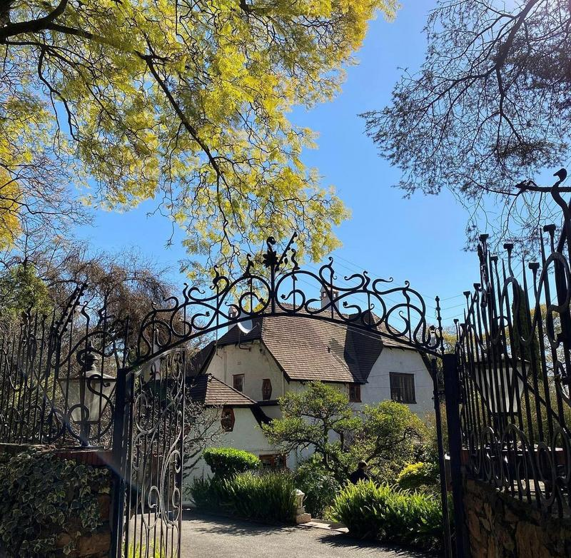 Property For Rent in Westcliff, Johannesburg 17
