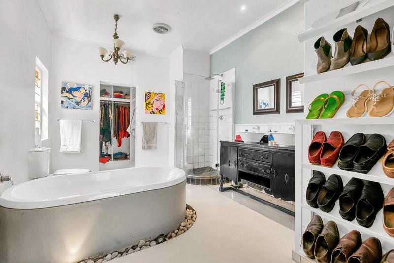 Property For Sale in Parkhurst, Johannesburg 14