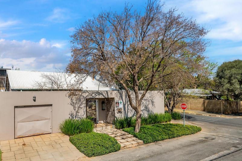 Property For Sale in Parkhurst, Johannesburg 19
